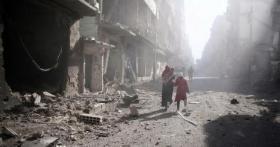 الغارديان: مساعٍ دولية لنقل ملف سوريا للجمعية العمومية لتجاوز الفيتو الروسي