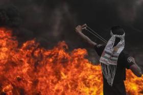 """غزة تتجهز لـ""""جمعة نذير الغضب"""" والاحتلال يعزز قواته"""