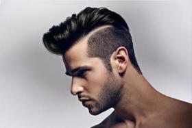 قبل أن تختار تسريحة شعرك العصرية إنتبه لشكل وجهك