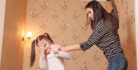 لا تضربي طفلكِ.. إليكِ البدائل التربوية الصحيحة