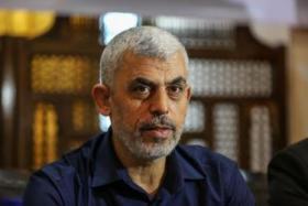 السنوار: نرغب بإنهاء حصار غزة بالطرق السلمية