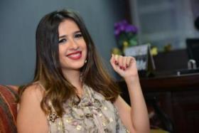 """إصابة ياسمين عبد العزيز بكسر فى ذراعها أثناء تصوير فيلمها """"الأبلة طم طم"""""""