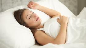 كم ساعة من النوم تحتاج خلال رمضان؟