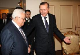 الرئيس عباس يهنئ أردوغان بفوزه بالانتخابات التركية