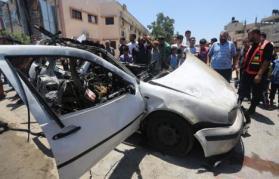 الاحتلال يقصف سيارة أحد قادة الطائرات الورقية في غزة