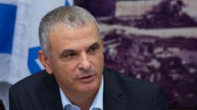 هذا ما بحثه مسؤولون فلسطينيون مع وزير إسرائيلي اليوم