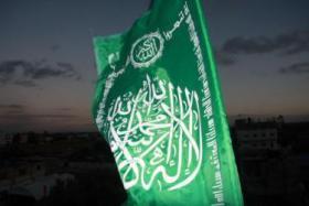 حماس ترد على عريقات: 4 متطلبات على فتح فعلها لإنجاز المصالحة