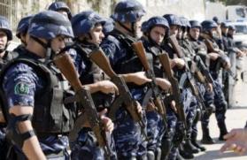 القبض على 31 شخص للاشتباه بالمقامرة والافطار جهرا في رام الله