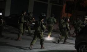 جيش الاحتلال يعتقل 7 مواطنين من الضفة المحتلة