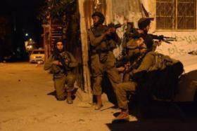 """القناة 10: الجيش يفشل باعتقال قاتل جندي """"دوفدفان"""" بمخيم الأمعري"""