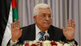 إقالة مسؤول إسرائيلي للقائه بالرئيس عباس
