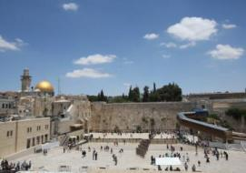 المفتي العام يحرم أخذ تعويض عن أي جزء من الأراضي الفلسطينية