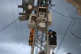 شركةالكهرباء تحذر المواطنين من خطر التعديات