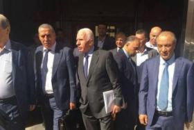 الشرق الأوسط: زيارة فتح للقاهرة الأخيرة وأبومازن يوشك على وقف تمويل غزة كلياً