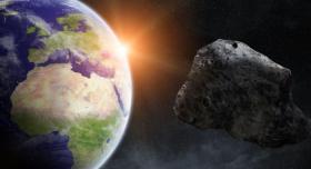 """يزن 87 مليون طن.. """"ناسا"""" تحذر العالم من كويكب """"يوم القيامة"""""""