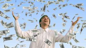 ربح مبلغاً خياليا في لحظات.. تعرفوا الى المليونير الجديد