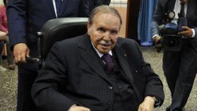 رئيس الأركان الجزائري يدعو لإعلان خلو منصب رئيس الجمهورية