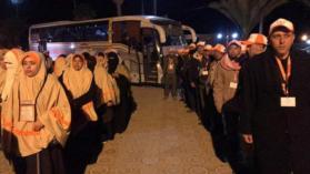 مصر ترجع عددًا من معتمري غزة