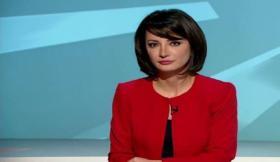 شاهد ماذا حدث مع مذيعة الجزيرة غادة عويس وهي تقدم برنامج الاتجاه المعاكس؟