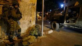جيش الاحتلال يشن حملة اعتقالات واقتحامات واسعة في الضفة والقدس