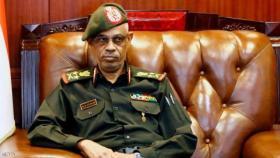 عوض بن عوف يتنازل عن رئاسة المجلس العسكري في السودان