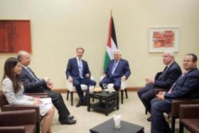 """الرئيس عباس يجري عدة لقاءات على هامش """"منتدى دافوس"""""""