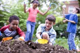 نصيحة للأهل كي يتجنبوا أطفالهم العقم في المستقبل