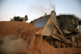 توغل 6 جرافات تابعة لـجيش الاحتلال شمال غزة