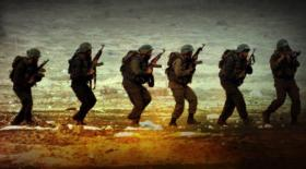 موقع واللا: حماس تخطط لشن عمليات على الساحة البحرية والجوية واختطاف جنود!