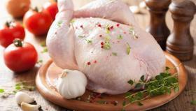 تحذير رسمي.. إياكم غسل الدجاج قبل طهيه