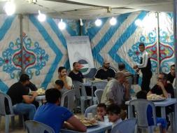 الكونغرس الفلسطيني يرسم الفرحة على وجوه الأطفال والأسر العفيفة في مخيم الزرقاء للاجئين الفلسطينيين بالأردن