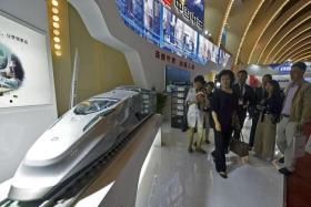 الصين تكشف عن مشروع قطار بسرعة النقل الجوي