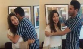 شاهد ماذا فعلت نانسي عجرم مع شاب أردني احتضنها وطلب تقبيلها؟