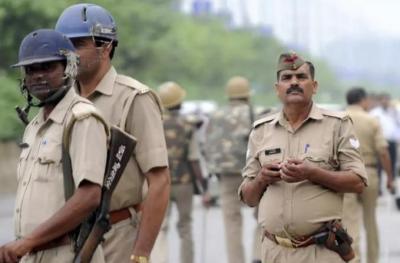 """الهند.. الشرطة تأمر عناصرها """"أصحاب الكروش"""" بتخفيف أوزانهم"""