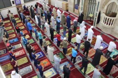 الأوقاف تُقرر فتح مساجد محافظتي غزة والشمال اعتبارا من فجر يوم الأحد