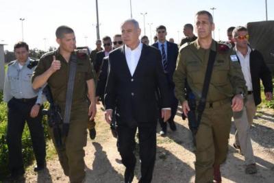 """نتنياهو يشارك في جولة تفقدية لمناورة """"السهم القاتل"""""""