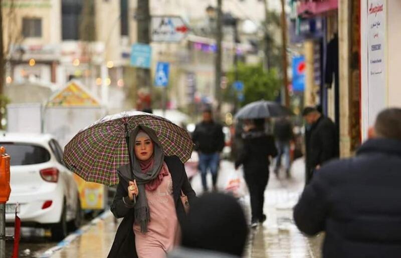 الطقس اليوم: أجواء باردة وغائمة ولا تغيرات على درجات الحرارة
