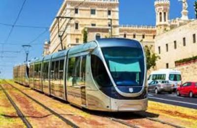 الخارجية الفلسطينية: نطالب المجتمع الدولي بالضغط على الاحتلال لمنع تنفيذ مخطط القطار الخفيف بالقدس المحتلة