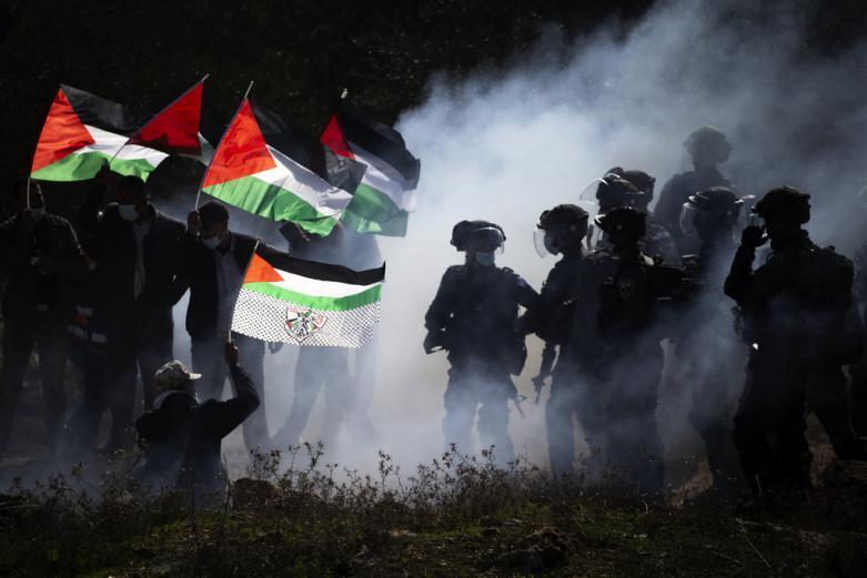 القوى الوطنية والإسلامية تدعو للتصدي لاعتداءات المستوطنين