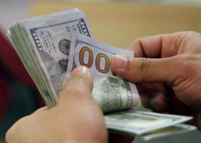 في ظل الانخفاض المستمر .. تعرف على سعر صرف الدولار اليوم