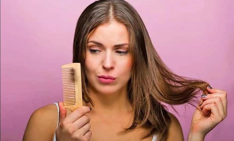 أسباب تساقط الشعر بكثرة