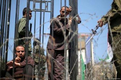مصلحة السجون الإسرائيلية تتحدث عن موعد تطعيم الأسرى الفلسطينيين