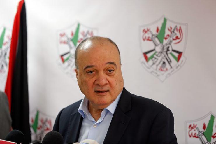 العربي الجديد: ناصر القدوة يقاطع اجتماع