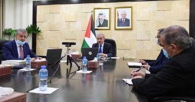 """اشتية يطالب بضغط اوروبي لإلزام """"إسرائيل"""" باحترام الاتفاقيات الموقعة بما فيها عقد الانتخابات في القدس"""