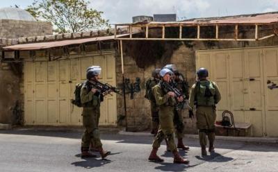 حملة اعتقالات في الضفة الغربية تخللها إصابة جندي إسرائيلي