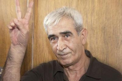 """أحمد سعدات على رأس قائمة """"الشعبية"""" الانتخابية"""