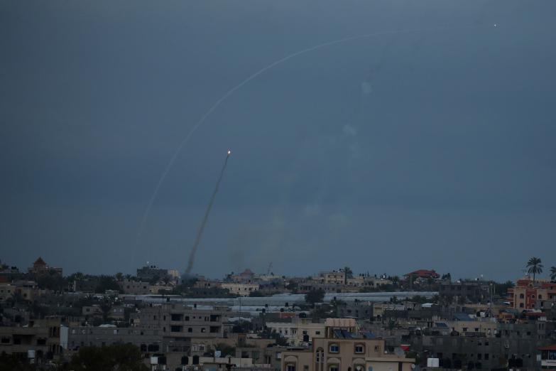 الوساطة الدولية بدأت لتهدئة التصعيد بين فصائل المقاومة وإسرائيل