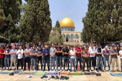 دعوات فلسطينية لأكبر حشد في المسجد الأقصى في صلاة الجمعة
