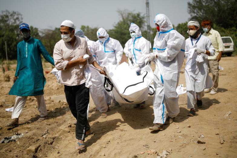 وفاة 25 مصابا بـ (كورونا) في مستشفى هندي بسبب نقص الأكسجين