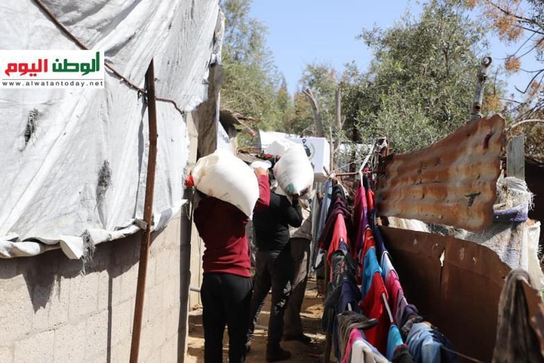 بدعم من الحاضنة العربية الإسلامية والتكافل اليوم توزيع مساعدات غذائية